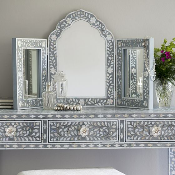 Isabelle Mother of Pearl Triple Mirror in Grey