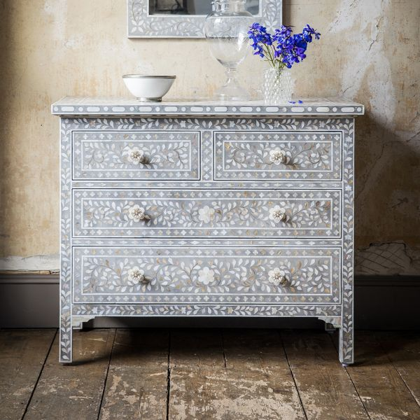 Mother of Pearl Chest in Grey